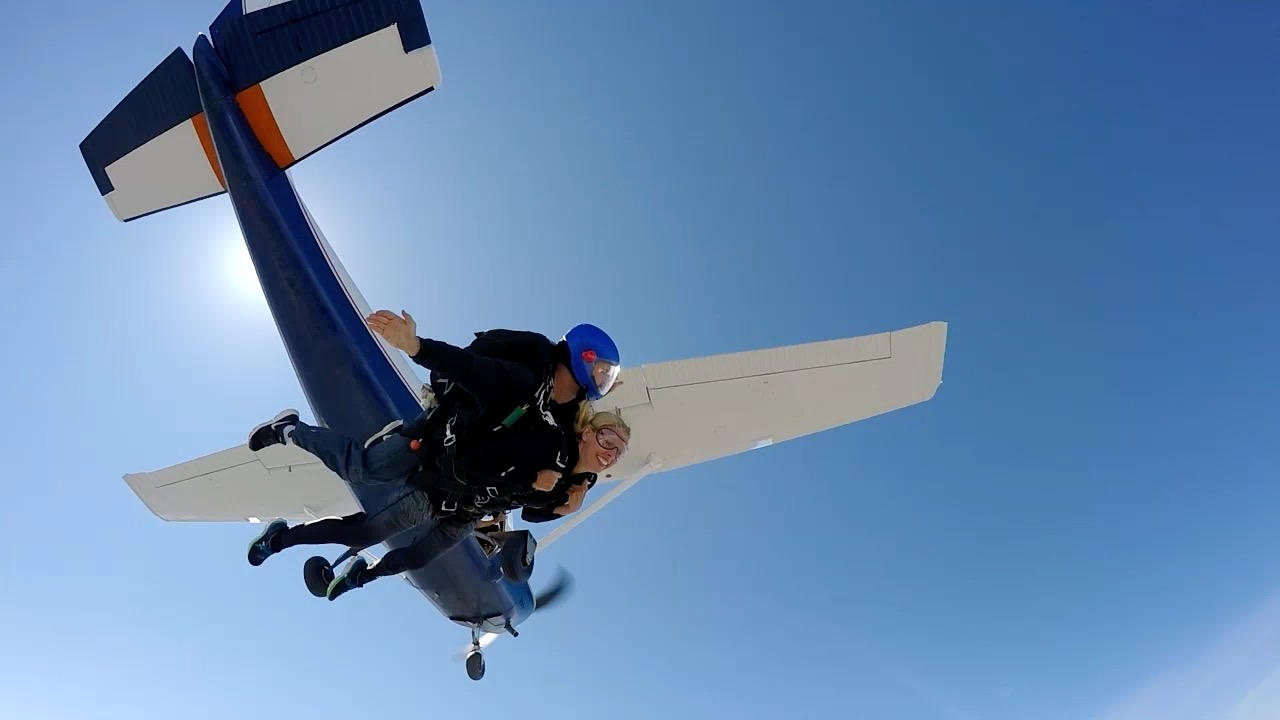 Skydiving in Omaha